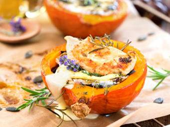Roasted-pumpkin-camembert.jpg